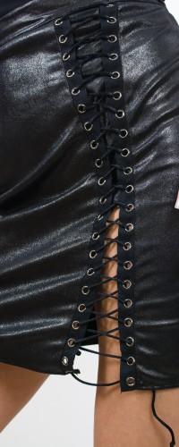 fusta imitatie de piele cu snur pe picior